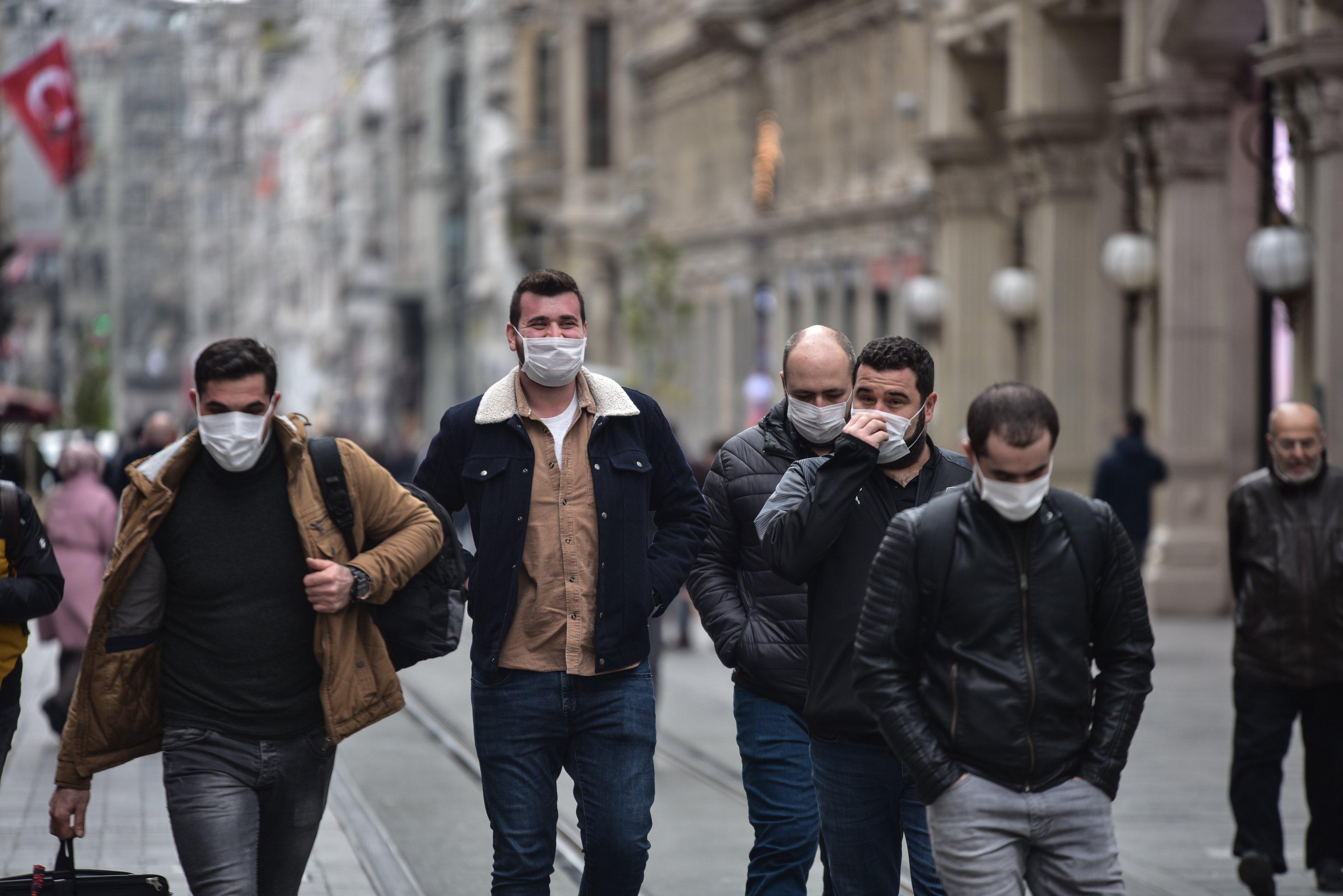 كيف تمكنت تركيا من السيطرة على فيروس كورونا وأرقام الموت المنخفضة؟